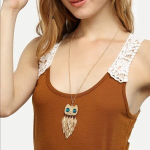 Gold owl pendant necklace NWT